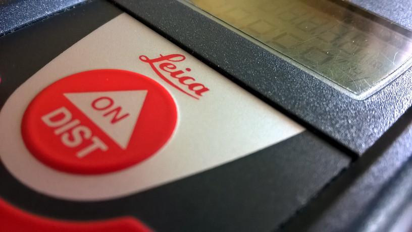Pro zaměření používáme moderní digitální techniku od firmy Leica.
